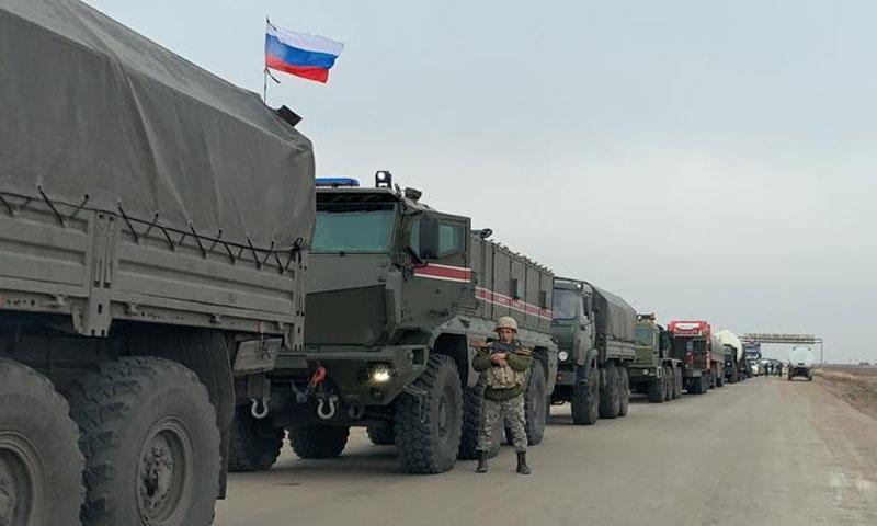 صورة رتل الشرطة العسكرية الروسية التي وصلت لمطار القامشلي، اليوم الخميس 5 من كانون الأول، (روسيا اليوم)