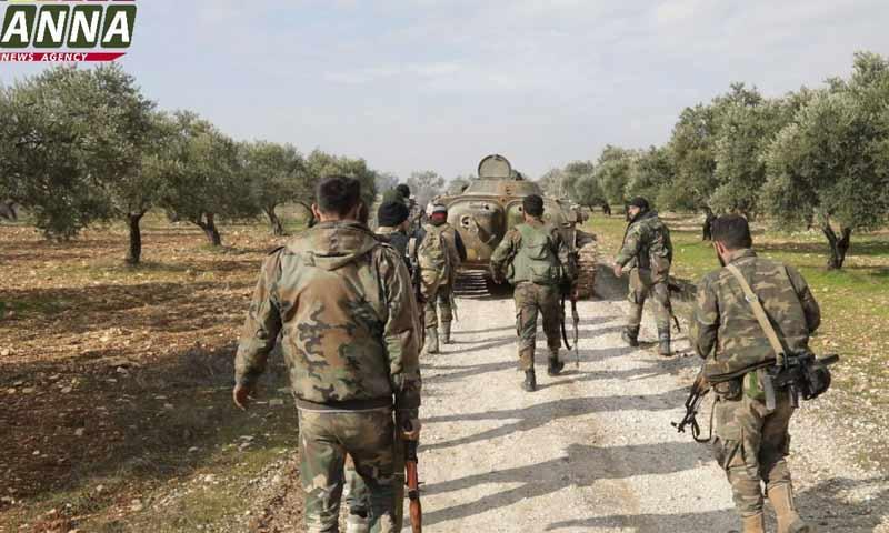 عناصر من قوات النظام السوري على أطراف معرة النعمان- 28 من كانون الثاني 2020 (ANNA)