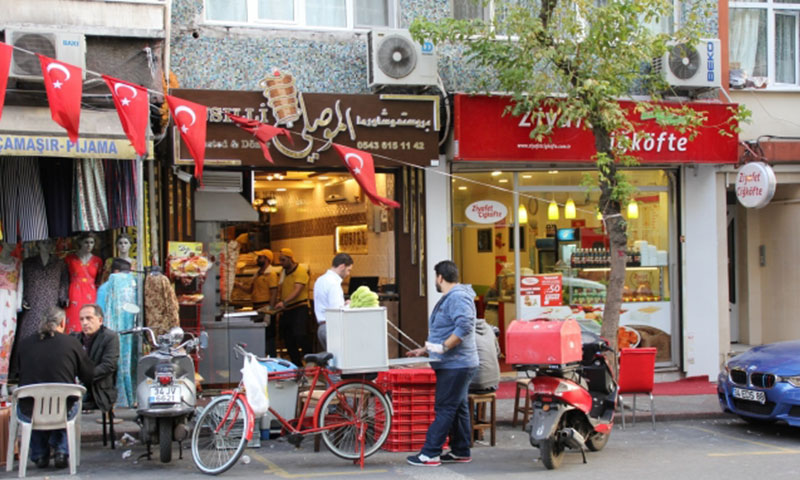 يأمن السوريون أصحاب المحلات في تركيا فرص عمل لـ 100 ألف شخص (gazianteppusula)