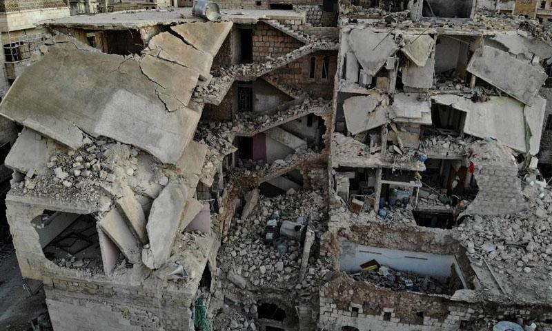 مباني مدمرة بعد قصف قوات النظام على مدينة معرة النعمان - 25 كانون الثاني 2020 (فرانس برس)