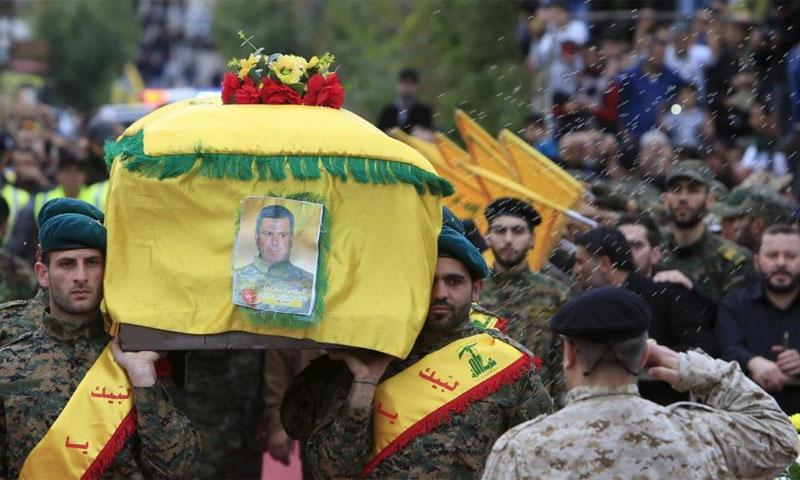 تشييع أحد قتلى حزب الله اللبناني قتل في سوريا - 2016 (رويترز)