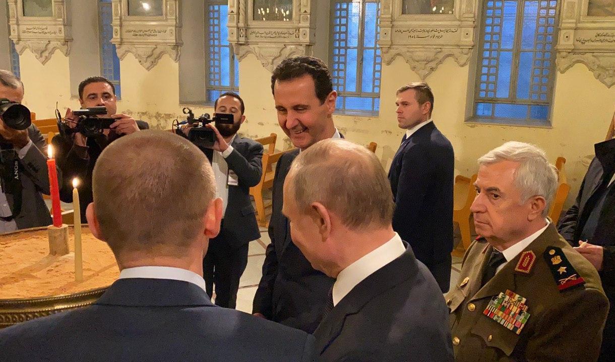 رئس النظام السوري بشار الأسد والرئيس الروسي فلاديمير بوتين في الكاتدرائية المريمية بدمشق- 7 من كانون الثاني 2020 (رئاسة الجمهورية)
