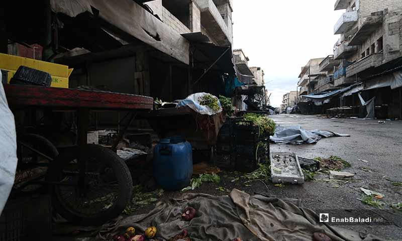 """تتقدم قوات النظام يومًا تلو الآخر، ووحدها بقيت كلمات أبو العلاء لاستقبال المقاتلين بالنصيحة """"خفف الوطء ما أظن أديم الأرض إلا من هذه الأجساد"""""""