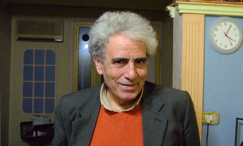 الشاعر والناقد السينمائي السوري بندر عبد الحميد في دمشق (فيس بوك)