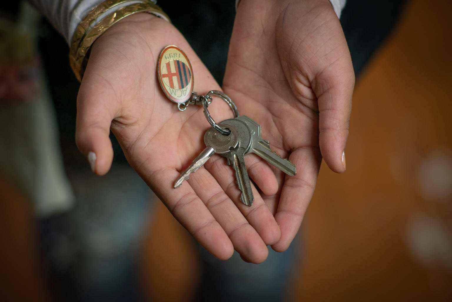 """""""هذه هي مفاتيح منزلي، عندما نعود إلى سوريا، سأكون أنا الشخص الذي يفتح الباب """"- تشرين الأول 2018 الأردن (يونيسيف)"""