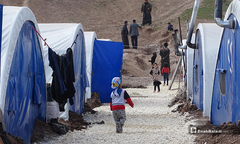 مخيم التل في بلدة دابق الذي شيد بعد موجات النزوح الاخيرة من أرياف إدلب وحلب - شباط 2020 (عنب بلدي)