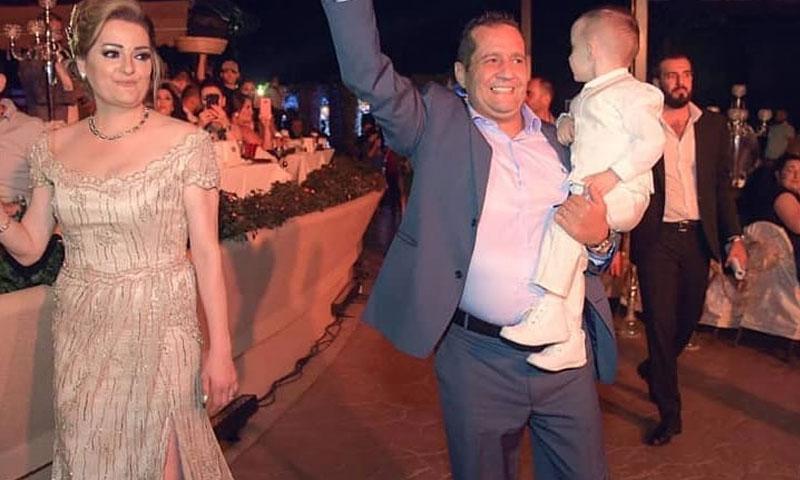المنتج نايف الأحمر وزوجته ديالا (الصفحة الرسمية لشركة غولدن لاين في فيس بوك)
