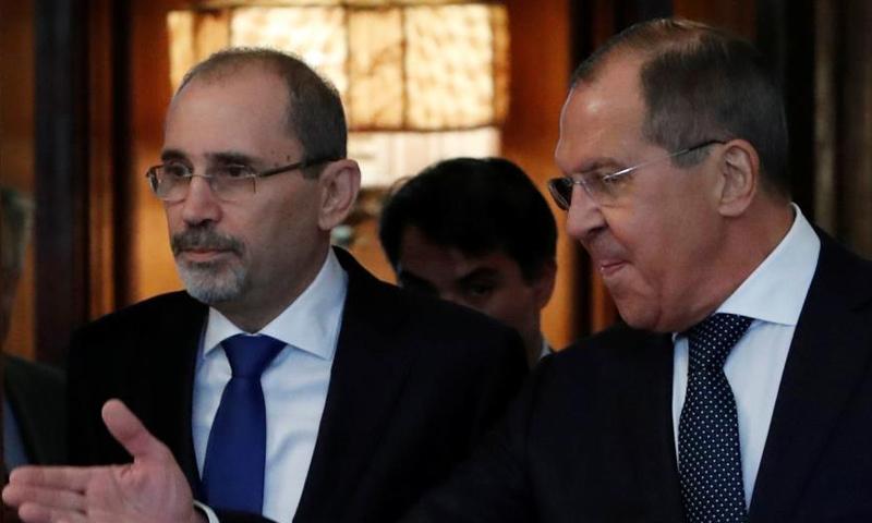 وزير الخارجية الأردني والروسي (رويترز)