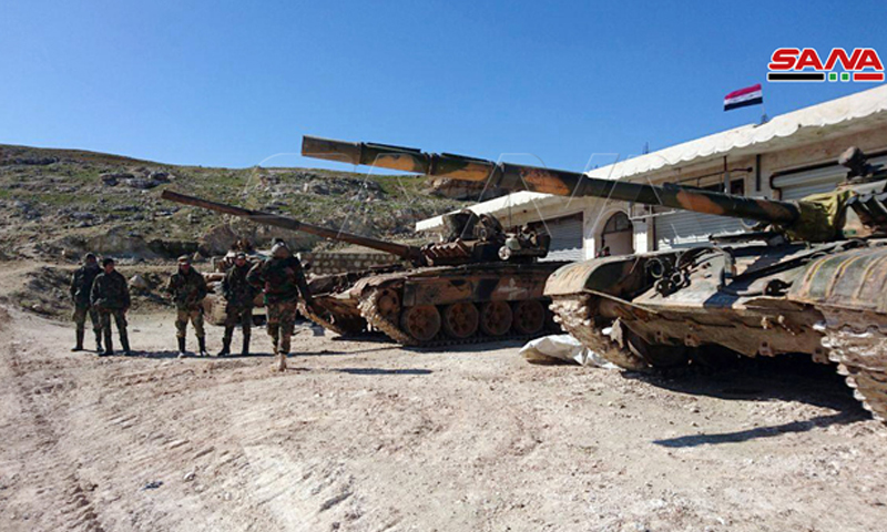 دبابات قوات النظام بعد السيطرة على تل العيس - 9 شباط 2020 (سانا)دبابات قوات النظام بعد السيطرة على تل العيس - 9 شباط 2020 (سانا)