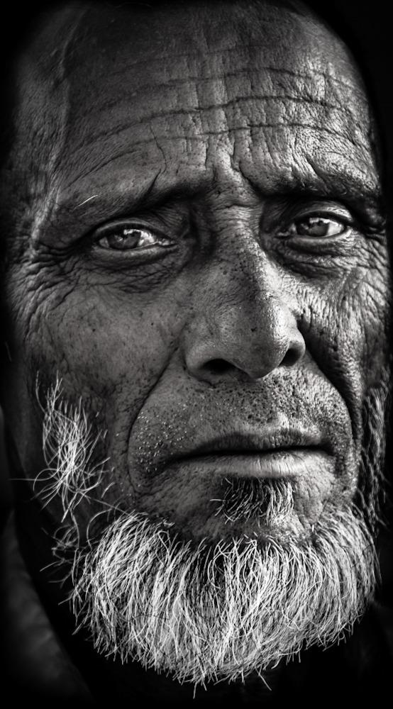 """صورة بورتريه بعنوان """"قصة تجاعيد""""- الإمارات 2013 (بنكين أحمد)"""
