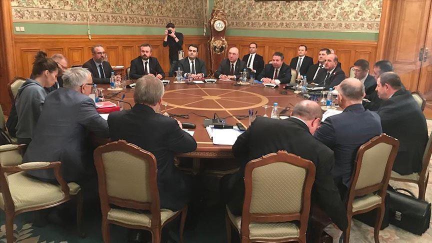 اجتماع الوفدين التركي والروسي في موسكو، 17 شباط 2020، الأناضول.