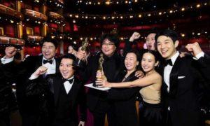 """فريق فيلم """"الطفيلي"""" في حفل جوائز """"الأوسكار"""" يوم الإثنين 10 من شباط 2020"""