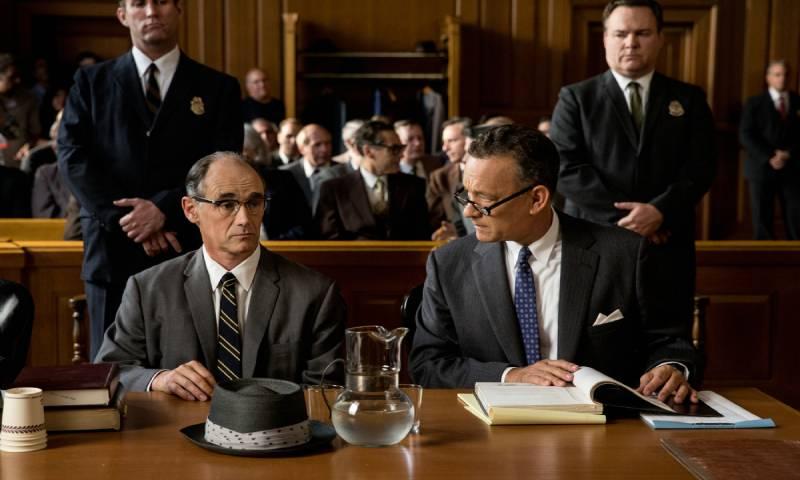 """مشهد من فيلم """"Bridge of Spies"""" إنتاج عام 2015"""