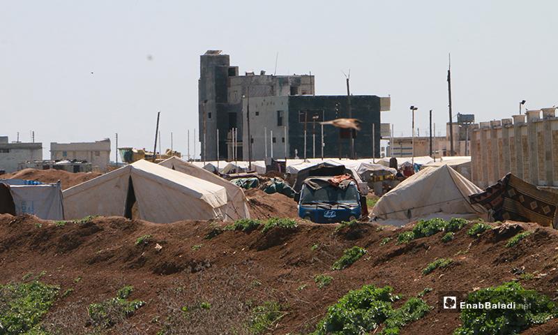 مخيم قرية بحورتة بريف حلب الشمالي- 16 من نيسان (عنب بلدي)