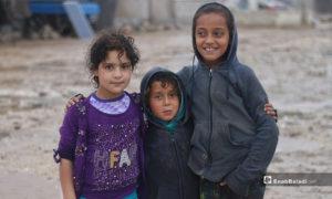 أطفال بمخيم حلب لبيه في يومهم الأول برمضان- 24 من نيسان (عنب بلدي)