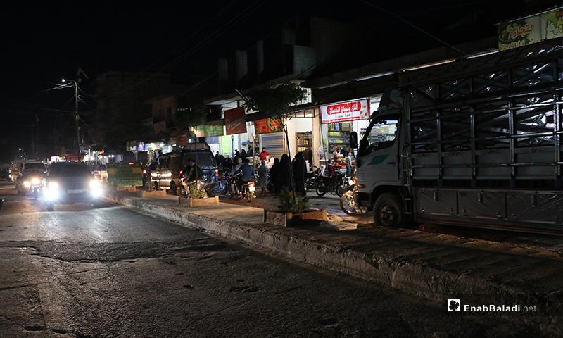 شارع الزهراء في مدينة الباب في ريف حلب ليلة رمضان- 23 من نيسان (عنب بلدي)