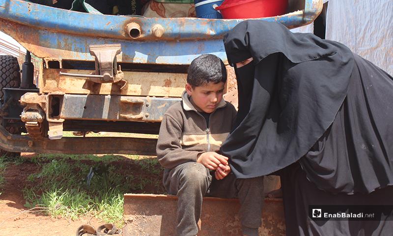 ولأنه يحب صنعته، فكر أحمد بعد انقطاع رزقه ووضع عائلته بحل يستغل فيه مهارته