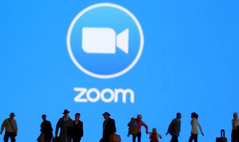 صورة تعبيرية لتطبيق zoom (رويترز)
