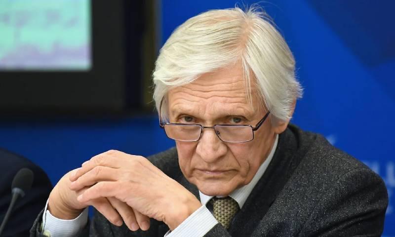 الدبلوماسي الروسي ألكسندر أكسيونيونوك (kommersant)