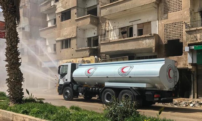 عمليات تعقيم الهلال الأحمر السوري في ريف دمشق - 28 آذار 2020 (الهلال الأحمر)