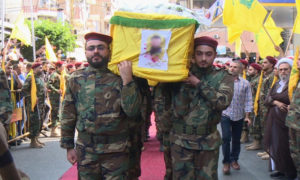 تشييع أحد قتلى حزب الله (الجزيرة)