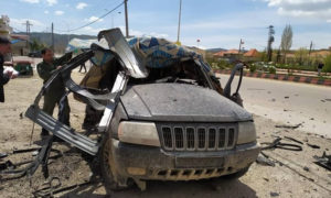 السيارة التي استهدفتها الطائرة الإسرائيلية المسيرة وكانت تحمل قياديين في حزب الله- 14 من نيسان