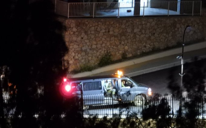 صورة انتشار الجنود الإسرائيلين على السياج والتي نشرتها قناة المنار التابعة لحزب الله- 18 من نيسان