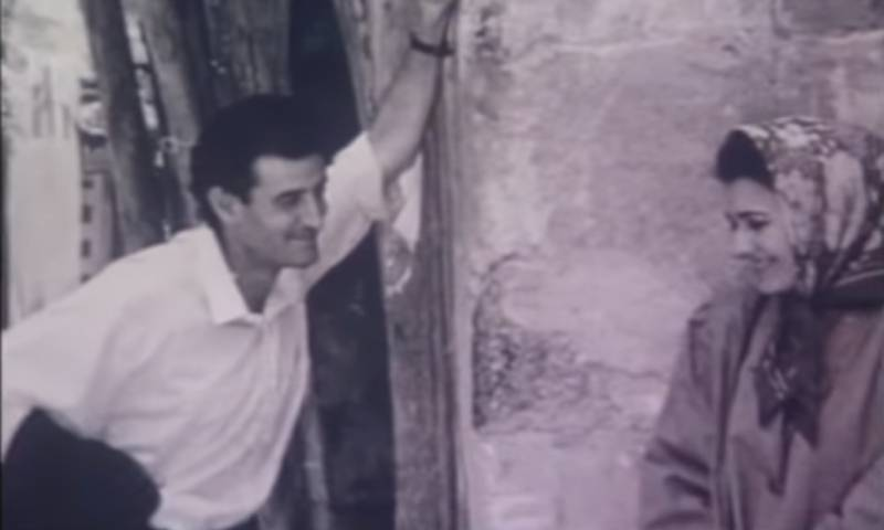 """لقطة من بداية الفيلم السوري """"الكومبارس"""" إنتاج عام 1993"""