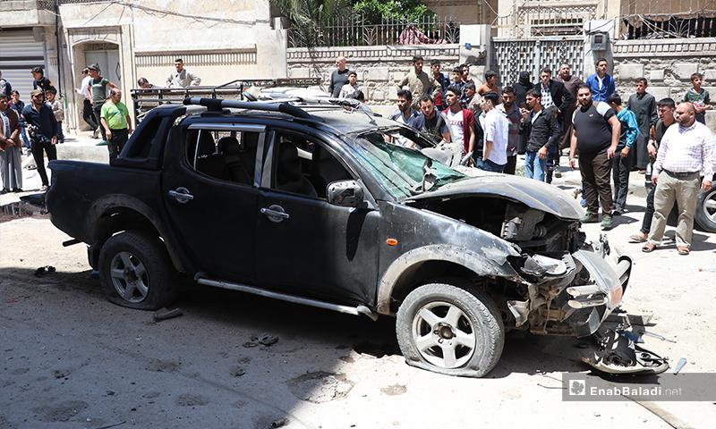 """انفجار عبوة مزروعة بسيارة نوع """"بيك أب"""" تابعة لعنصر من فصيل السلطان مراد التابع للجيش الوطني في مدينة الباب، أدت لإصابته- 25 من أيار (عاصم الملحم/ عنب بلدي)"""