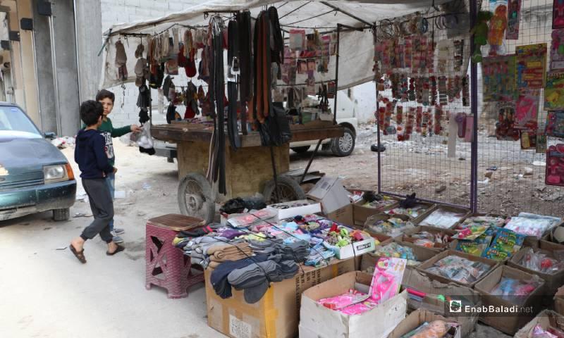 جولة في أسواق مدينة الباب قبيل المغرب في رمضان 4 من أيار 2020 (عنب بلدي)