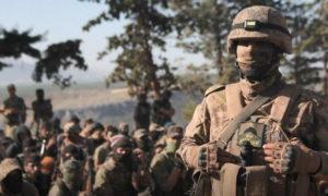 عناصر من قوات النخبة في هيئة تحرير الشام في تخريج دورة عسكرية في إدلب- 18 من أيار 2020 (إباء)