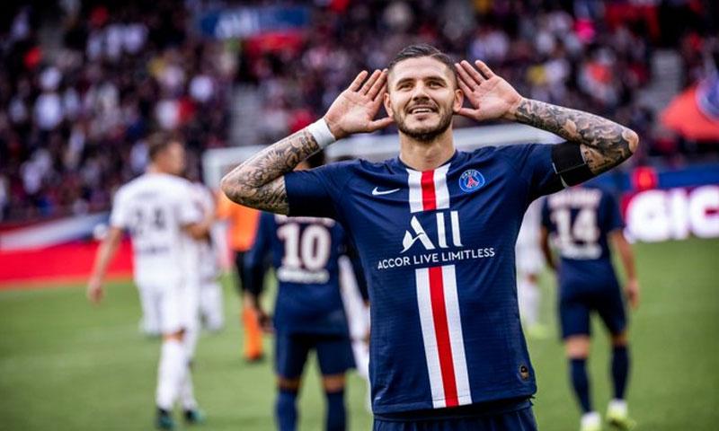 إيكاردي يحتفل بهدفه مع باريس سان جيرمان (حساب انادي الرسمي في تويتر)