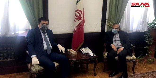 كبير مساعدي وزير الخارجية الإيراني للشؤون السياسية الخاصة، علي أصغر خاجي، مع سفير سوريا في طهران، عدنان محمود آخر التطورات في سوريا والعلاقات بين البلدين- 16 من أيار (سانا)