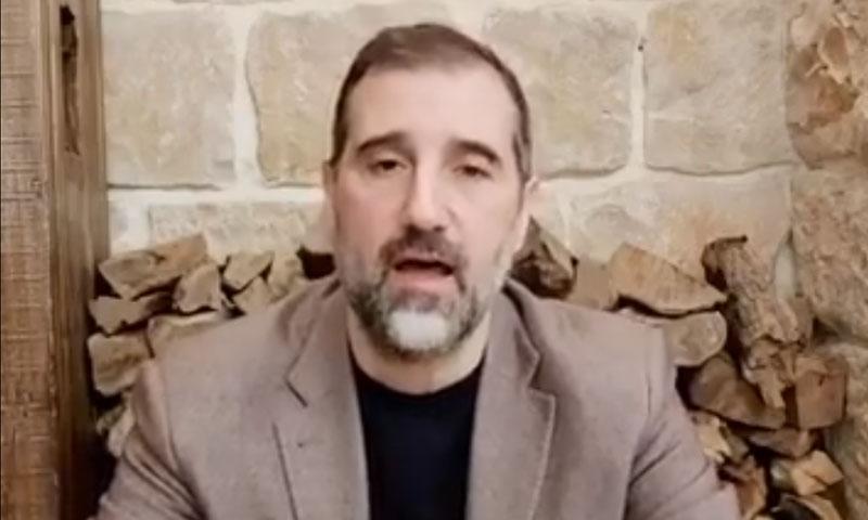 لقطة من الفيديو الذي ظهر فيه رامي مخلوف 17 من أيار 2020 (صفحة مخلوف في فيس بوك)