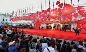 من افتتاح مهرجان فينيسا 2019 (سكرول تريند)