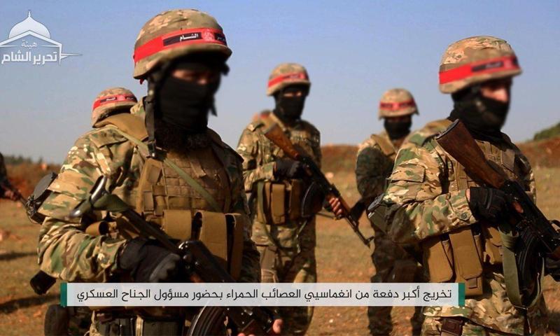مقاتلون من العصائب الحمراء خلال تخريج دفعة - 19 أيار 2020 (إباء)