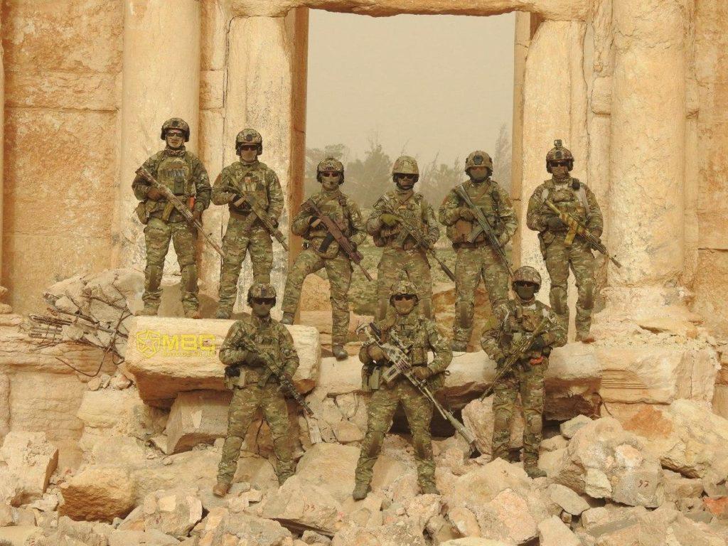 القوات الخاصة الروسية بين آثار مدينة تدمر الأثرية- حزيران 2020 (صائدو الدواعش/ تلجرام)