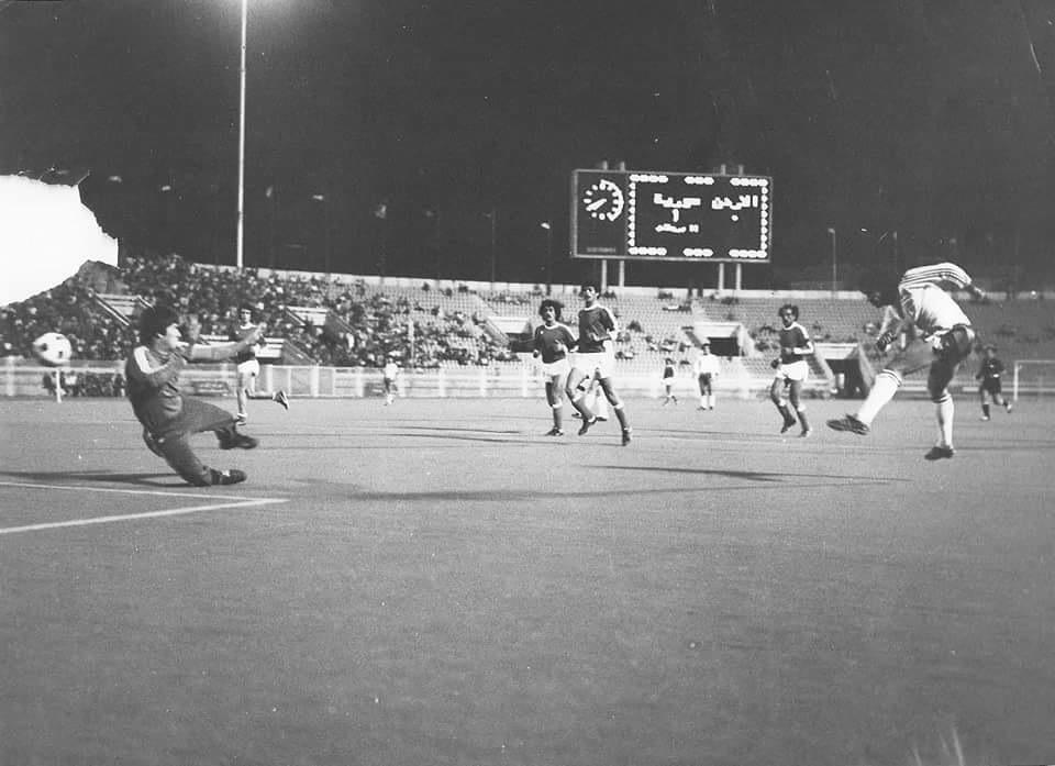 هيثم بره جكلي أثناء مباراة منتخب سوريا مع المنتخب الأردني في السبعينات (قدامى نادي الشرطة- فيس بوك)