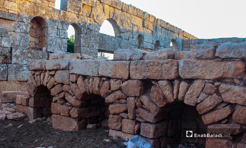مازالت فيها الآثار البيزنطية منذ مئات السنين - تموز 2020 (عنب بلدي/ إياد عبد الجواد)