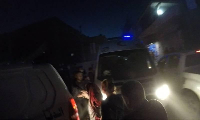 سيارات الإسعاف في موقع التفجير في عفرين 26 من تموز (الدفاع المدني في حلب/فيس بوك)