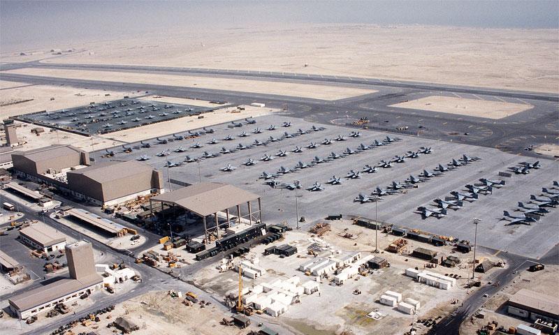 قوات أمركية في قاعدة العديد الجوية في قطر (الخليج أونلاين)
