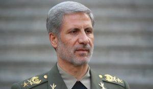 وزير الدفاع واسناد القوات المسلحة الايرانية العميد امير حاتمي
