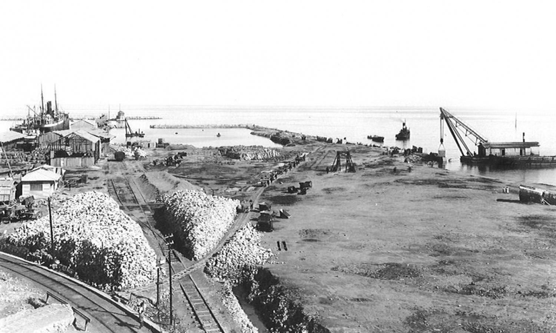 صورة تاريخية لمرفأ بيروت (موقع إدارة واستثمار مرفأ بيروت)