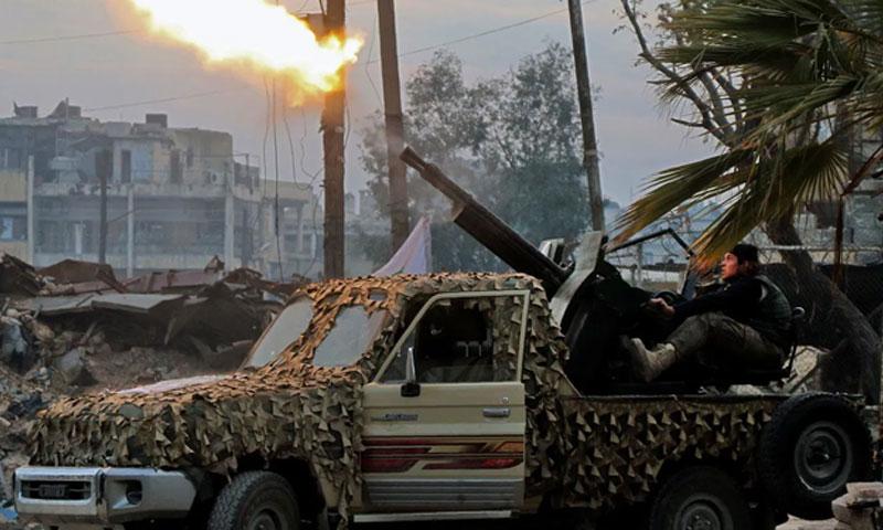 صورة تعبيرية لمقاتل في درعا (the sunday Times)