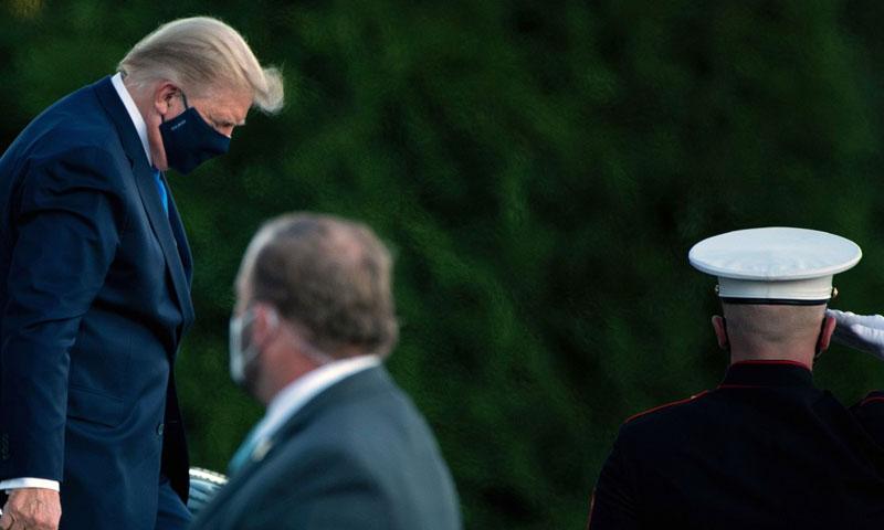 الرئيس الأمريكي دونالد ترامب أثناء توجهه إلى المستشفى 2 من أيلول 2020 (CNN)