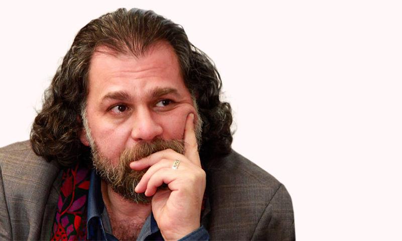 الكاتب والروائي السوري إبراهيم الجبين (تعديل عنب بلدي)