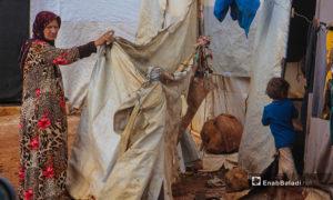 غطى الطين خيام مخيم الرمضون بعد هطول الأمطار الغزيرة فيه - 2 تشرين الثاني 2020 (عنب بلدي/إياد عبد الجواد)