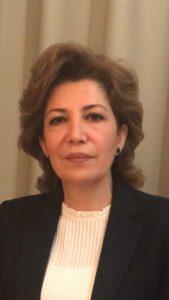 """المحامية السورية والزميلة الباحثة ببرنامج الجرائم الدولية والمحاسبة في """"المركز الأوروبي للحقوق الدستورية وحقوق الإنسان""""، جمانة سيف، 2020."""