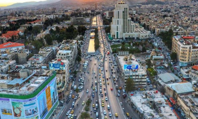 أسباب كامنة وراء ارتفاع أسعار العقارات في مناطق سيطرة النظام السوري | عنب بلدي