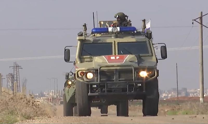 رتل للشرطة العسكرية الروسية يتجه إلى الحدود السورية الإسرائيلية لبدء الدوريات العسكرية في الجولان - 11 كانون الأول 2020 (tvzvezda)